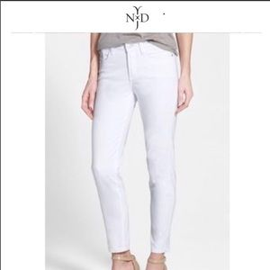 NYDJ lift&tuck white skinny ankle jeans size 6